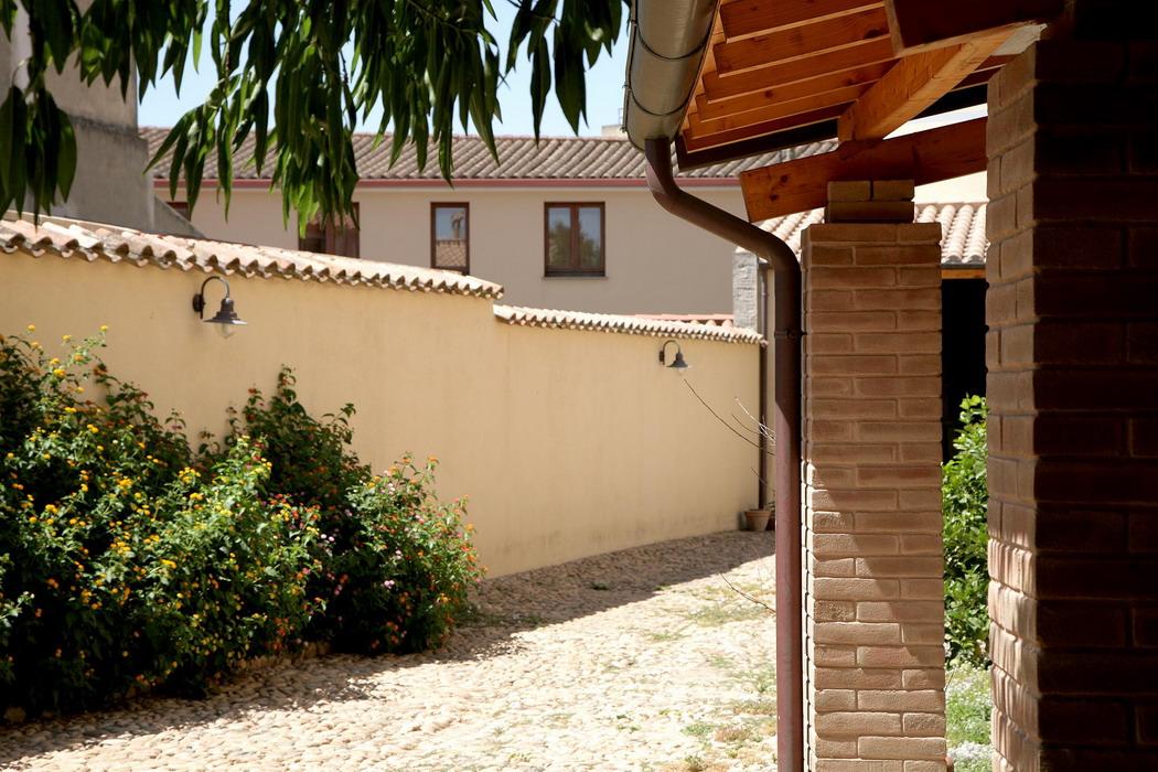Un commento al post del prof giuseppe pulina di maurizio - Pitturare casa esterno colori ...