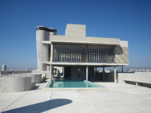 Abitare a marsiglia di franco masala sardegna soprattutto - Le corbusier tetto giardino ...