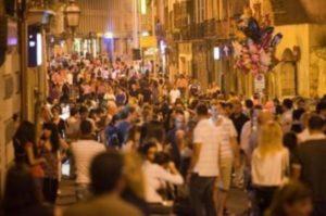 Cagliari_accordo_con_i_locali_le_nuove_regole_per_la_movida_fino_al_Poetto