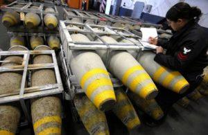 Armi italiane in Yemen. Giorgio Beretta: «Ecco perché l'Italia potrebbe essere condannata» [di Daniele Ruzza]