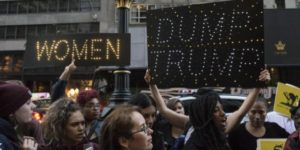 Nearly a hundred demonstrators gathered outside Trump Tower in Midtown Manhattan to decry Republican Presidential nominee Donald J. Trump's alleged sexist behavior, in New York, NY, USA on November 3, 2016. (Photo by Albin Lohr-Jones) *** Please Use Credit from Credit Field *** SIPA USANY: Women rally against Donalt Trump at Trump Tower in NYCNew York, donne in piazza contro l'elezione di Donald TrumpLaPresse -- Only Italy *** Local Caption *** 18800961