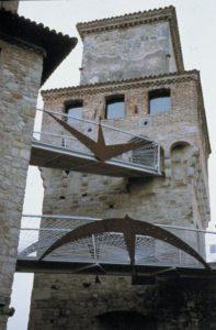 marco-dezzi-bardeschi-vigoleno-pc-castello-degli-scotti-due-nuovi-pontili-aerei-1999