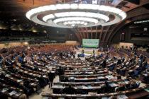 Oltre la democrazia dei partiti? Come cambia la politica in Europa [di Lorenzo Viviani]