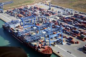 """Il Porto Canale di Cagliari """"improvvisamente"""" in crisi: ma dov'erano Pigliaru e Zedda? E il metano, sicuri che non c'entri nulla? [di Vito Biolchini]"""